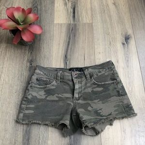 LLucky Brand 00 24 The Cut Off Green Camo Shorts